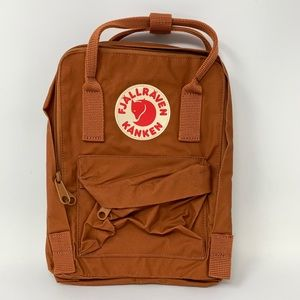 P8 Fjallraven Unisex Kanken Mini Everyday Backpack